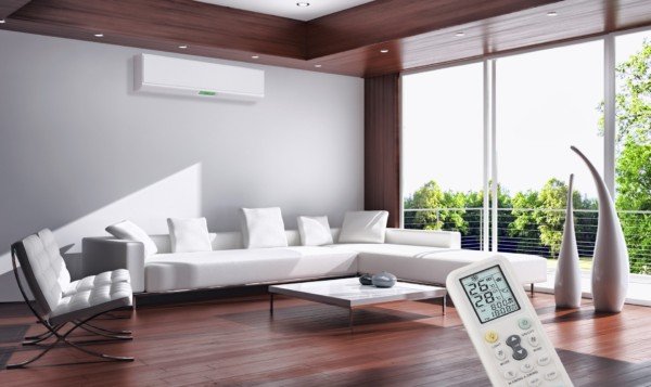 Ruangan Dengan AC Inverter