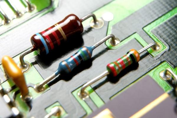 resistor untuk komputer