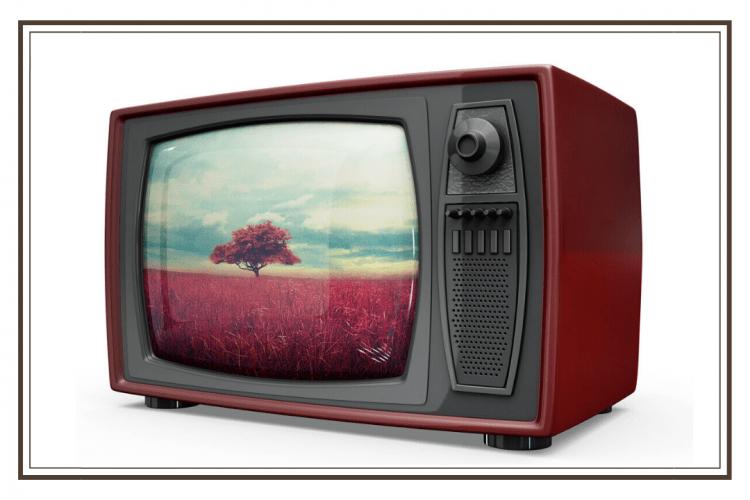 alat komunikasi tv